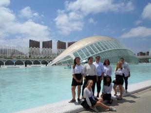 A w wolnym czasie plaża, centrum nauki oraz spotkanie z przyjaciółmi  z Balikesir ( Turcja)