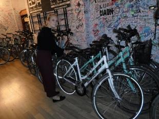 Noemi w pracy w firmie Passion Bike