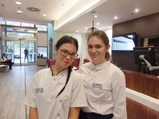 Marta i Magda w pracy w hotelu Ilunion