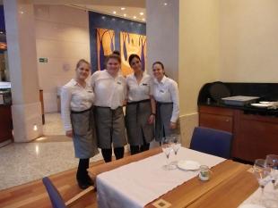 Natalia i Julia w pracy w hotelu Melia